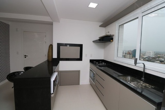 Mobiliado - Lindo apartamento na Praia Grande em Torres - 2 dormitórios com suíte - Foto 4