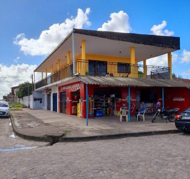 Casa na Santa Lúcia com ponto comercial