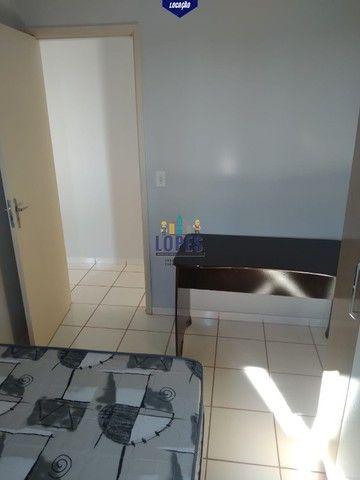 Alugo apartamento 2 quartos semi-mobiliado no condomínio Monte Carlo.  - Foto 7