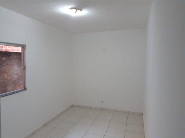 Casa Já financiada. Asfalto, com varanda, 2 quartos e etc. Parcela R$ 570,00. Caiobá - Foto 7