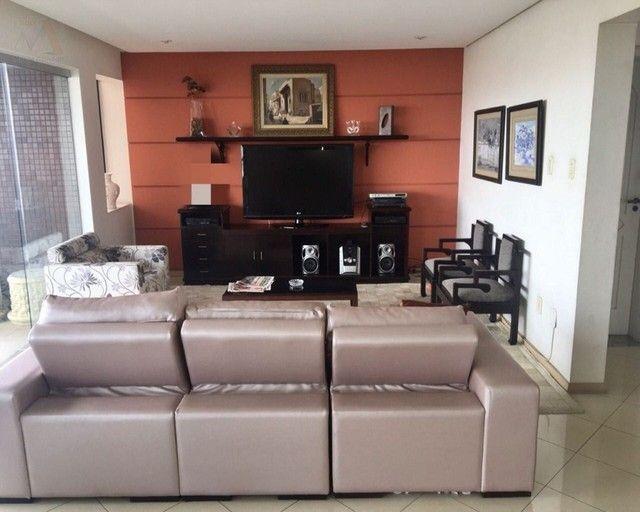 Amplo apartamento no Ed. Solar de Ainá - 3 suítes, estilo clássico, andar alto, bairro do  - Foto 3