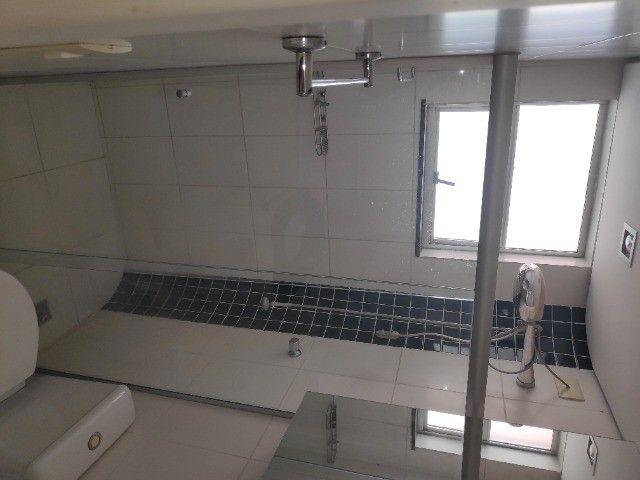 Apto Cobertura, suite e closed 3 quartos 3 banhos 2 salas área externa e 2 vagas cobertas - Foto 10