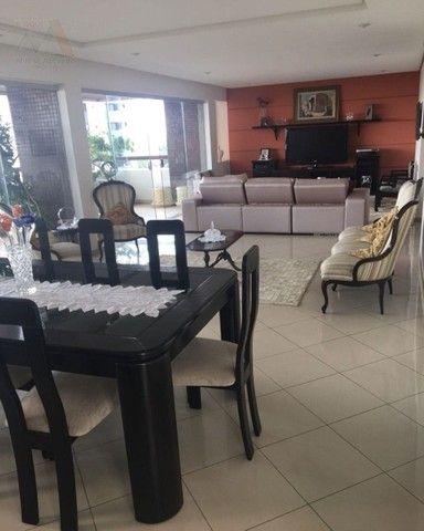 Amplo apartamento no Ed. Solar de Ainá - 3 suítes, estilo clássico, andar alto, bairro do  - Foto 2