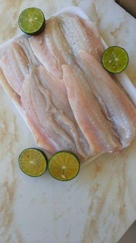 Peixe e camarão fresco
