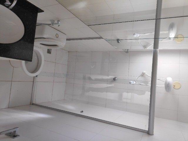 Apto Cobertura, suite e closed 3 quartos 3 banhos 2 salas área externa e 2 vagas cobertas - Foto 11