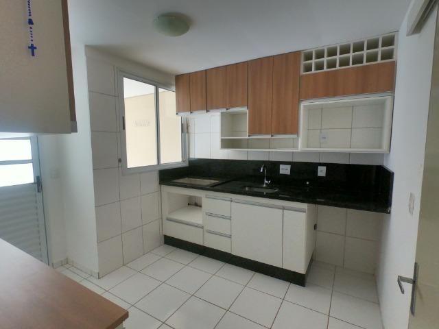 Casa à Venda no Condomínio Village do Bosque, 180 m² construídos, 2 vagas de garagem