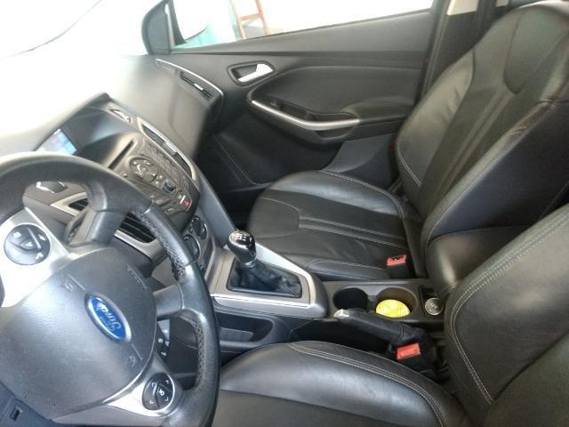 Ford focus novíssimo [ vendo ou troco] - Foto 8