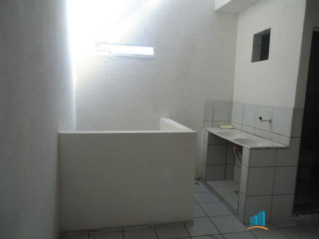 Apartamento com 2 dormitórios para alugar, 50 m² por r$ 559,00/mês - jacarecanga - fortale - Foto 4