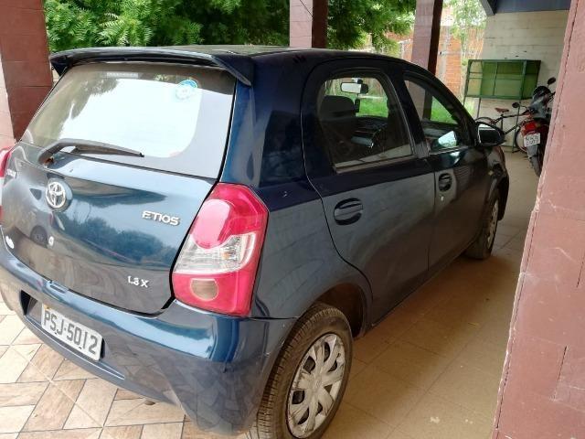 Toyota etios 1.3 ret unico dono - Foto 2