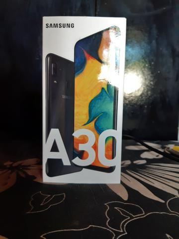 Troco um A30 num iPhone 8 ou 7 normal