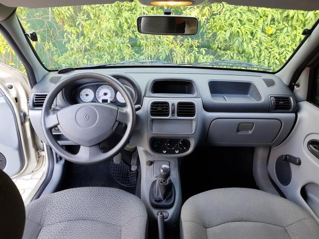 Renault clio 2011 apenas km 84.000 originais !! - Foto 8