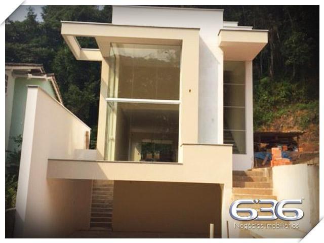 Casa   Joinville   Glória   Quartos: 3