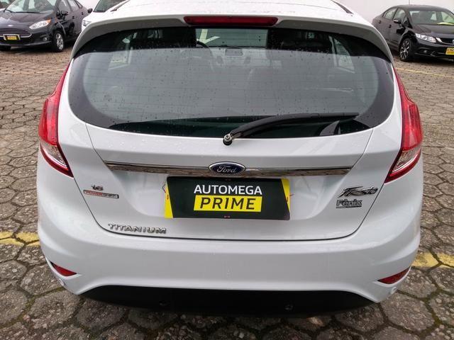 New Fiesta Hatch 1.6 Titanium Automático - Foto 3