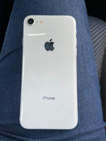 IPhone 8 de 64GB - Foto 3
