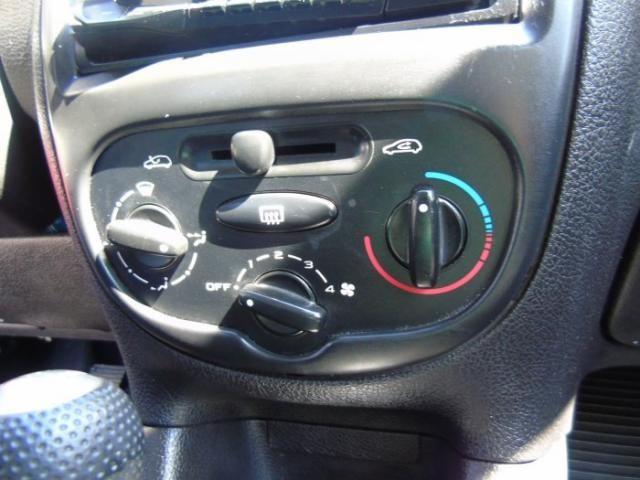 Peugeot 206 2007 1.4 sensation 8v flex 4p manual - Foto 11