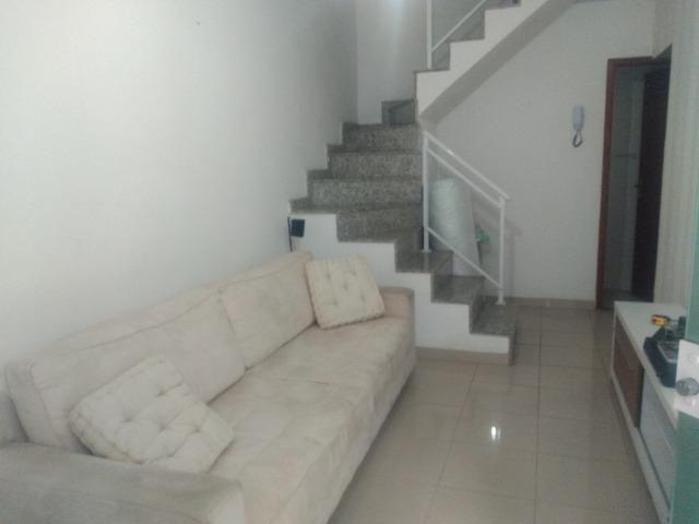 Tripléx 03 qtos 03 banh terraço garagem coberta churrasq. Centro Nilópolis RJ Ac carta! - Foto 7