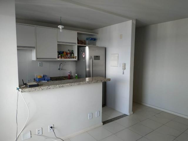 Apartamento no Imbuí - Condomínio Torre Madri - 2/4 com 1 Suíte - 59 m² - Varanda - 1 Vaga - Foto 2