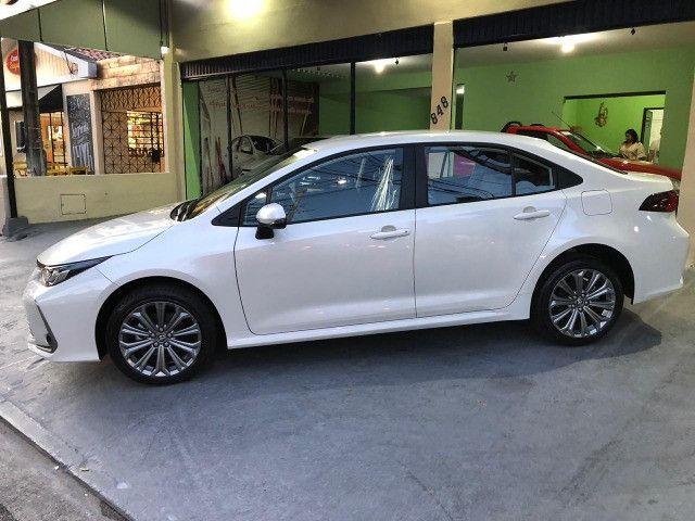 Corolla XEI 2.0 Branco Perola 2021 - Foto 2