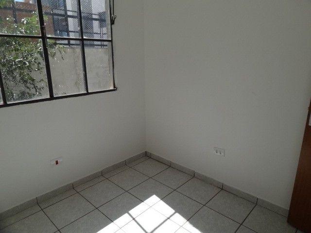 LOCAÇÃO   Apartamento, com 3 quartos em AEROPORTO, Maringá - Foto 18