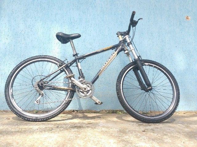 Bike aro 26 quadro de alumínio.