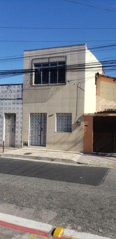 Otima casa duplex na Rua Pedro Pereira
