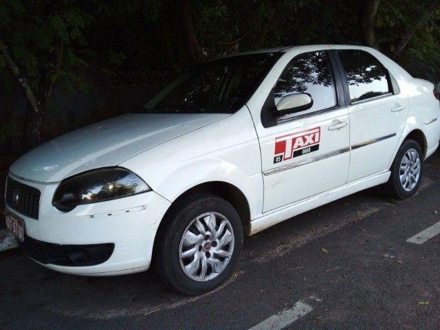Siena Tretrafuel  2010 Completo,  Carro Taxi, 14.800  Incluso  a Praça
