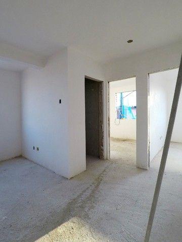 Vende se Apartamento de Cobertura com 90m² 2 Quartos e 1 Vaga no Bairro Santa Mônica! - Foto 2