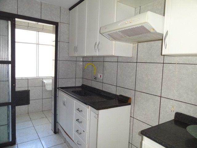 LOCAÇÃO   Apartamento, com 3 quartos em AEROPORTO, Maringá - Foto 6