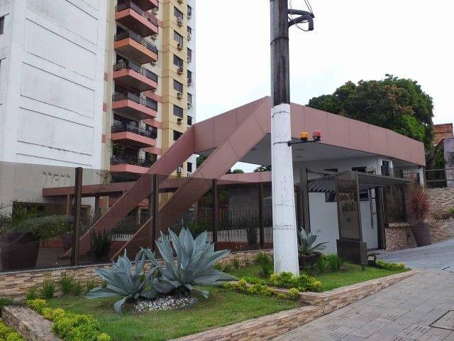 Centro- Ed. São João Del Rey - Rua Ferreira Pena, 700. Apartamento 1402