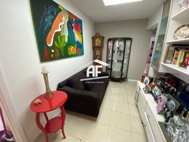 Apartamento Localizado na Ponta Verde, segunda quadra da praia - 225m², 4 suítes - Foto 11