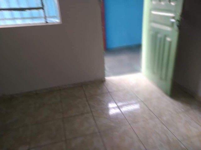 Casa 6 cômodos - Aluga-se - Foto 2