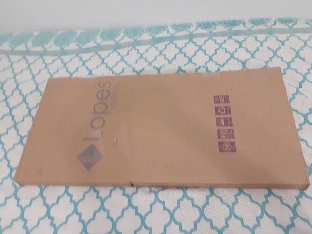 Mesa suporte multiuso/notebook usada e em bom estado. Franca/SP - Foto 4