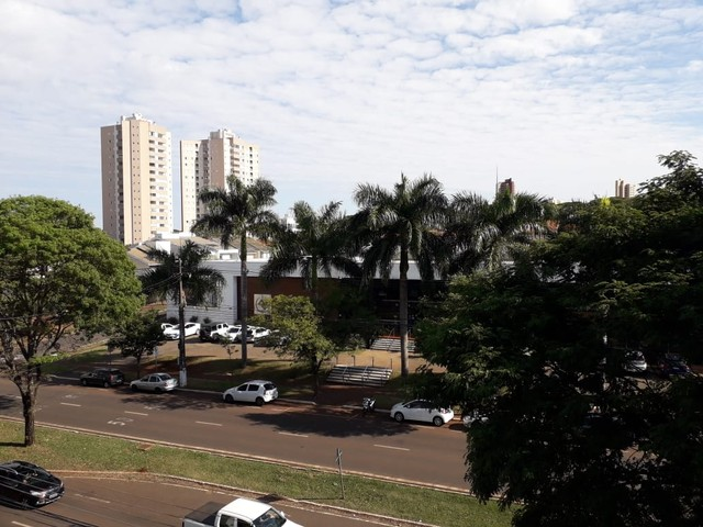 LOCAÇÃO   Apartamento, com 3 quartos em VILA BOSQUE, MARINGÁ - Foto 14