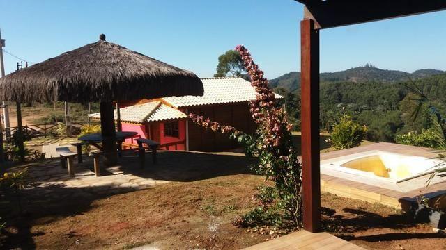 Linda chácara em Santa Teresa condomínio fechado
