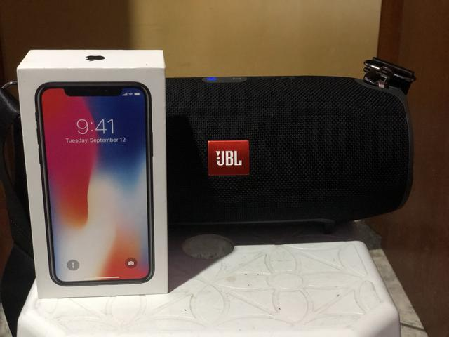 Iphone x mais JBL xtreme original nova