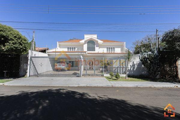 Casa  com 5 quartos - Bairro Mediterrâneo em Londrina