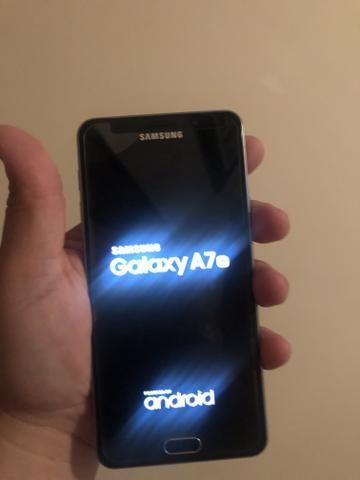 Vendo Celular Samsung A7 (6) - Foto 3