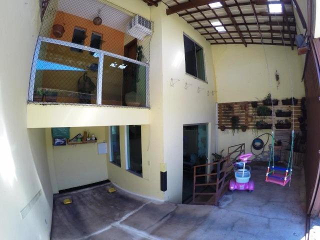 Cod.:2270 Linda casa geminada independente área construída 100 m² no Juliana - Foto 2
