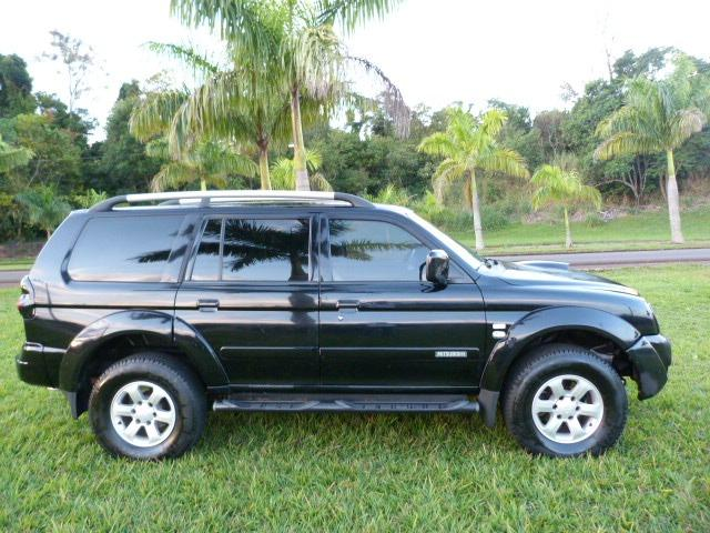 Pagero sport 2.5 4x4 manual a diesel impecavel - Foto 3