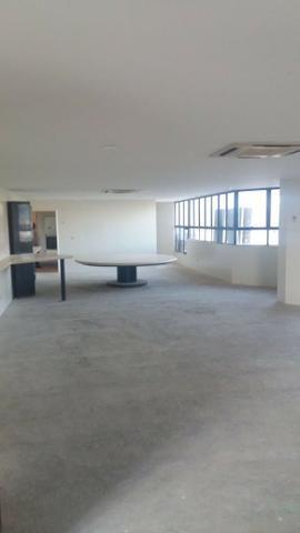 Exclusividade/ 504 m2 sendo UM por andar/ 4 suítes com varanda e closed - Foto 2