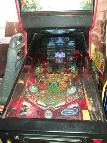 Máquina Pinball Fliperama Arcade Revenge From Mars Bally - Foto 4