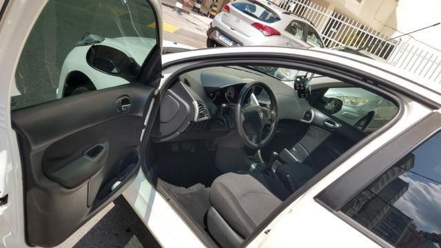 Oportunidade Imperdível! Peugeot 207 XR 1.4 Flex - Foto 7