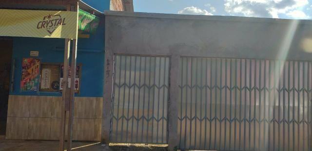Vendo uma casa no bairro Cidade Nova próximo a curva do rabo da besta