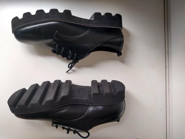 Sapato sola tratorada marca Bershka - Foto 5