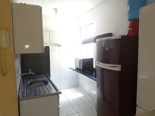Alugo AP suite e cozinha mobiliada - Foto 5