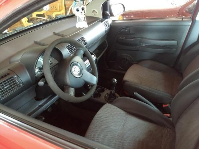 Volkswagen Fox 1.0 Flex 2006 Vermelho - Foto 6