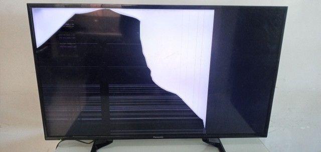 TV panasonic MODELO TC-39A400B COM TELA TRINCADA   - Foto 2