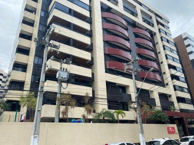 Alugo Apartamento 148m² com 3 quartos no coração da Ponta Verde