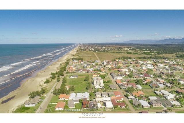Duas casa e dois terrenos pertinho da beira mar - Foto 6