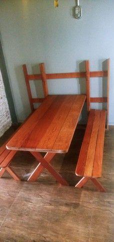Mesa dobravel em madeira de Angelim - Foto 2